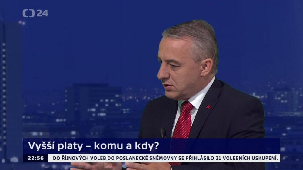Josef Středula v pořadu Duel ČT24