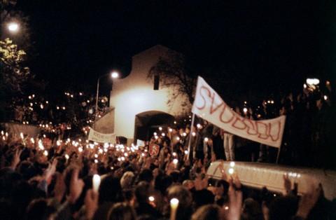 Počátek manifestace 17. listopadu; ČTK
