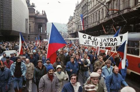 Generální stávka na Národní třídě; ČTK